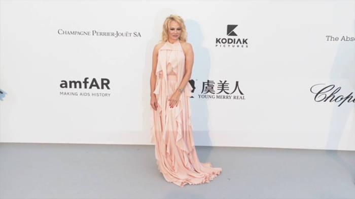 Video: Pamela Anderson: Zum fünften Mal unter der Haube