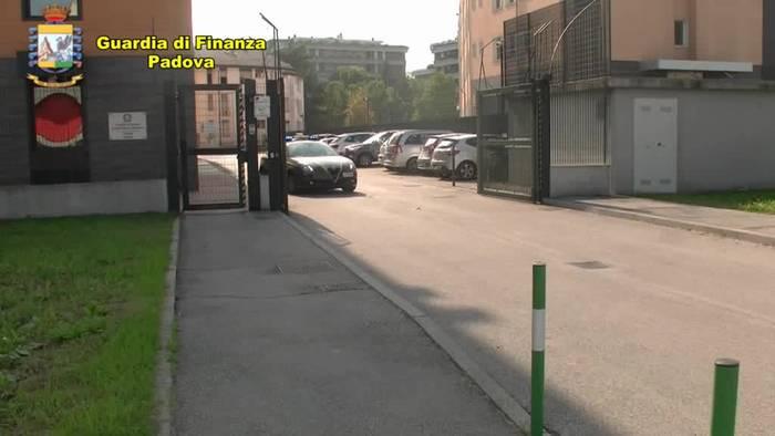 News video: Italien beschlagnahmt womöglich verseuchtes Schweinefleisch