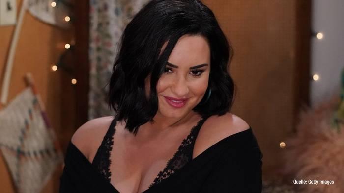 News video: Demi Lovato: So emotional wird ihr Grammy-Auftritt