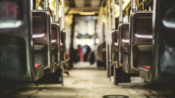 Video: So schadet das Fahren in öffentlichen Verkehrsmitteln eurer Gesundheit