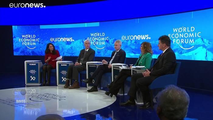 Video: Debatte in Davos: