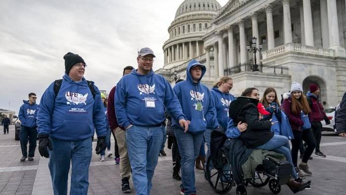 News video: US-Präsident Donald Trump bei Anti-Abtreibungsdemo in Washington