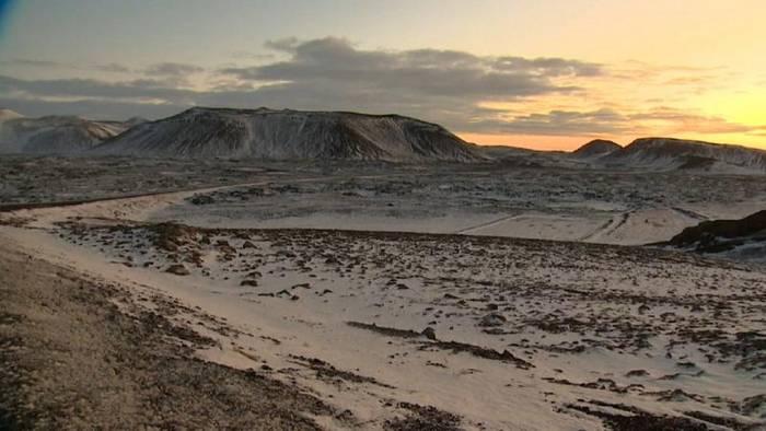 Video: Island: Drohender Vulkanausbruch in der Nähe der Blauen Lagune