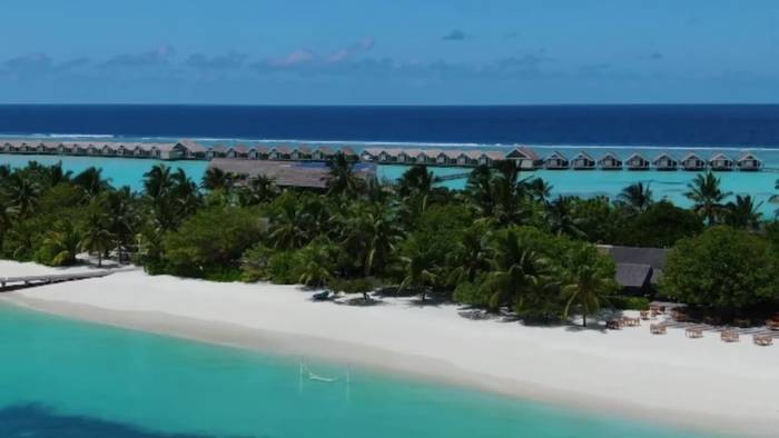News video: Malediven: größtes im Meer schwimmendes Solarsystem für Luxusresort