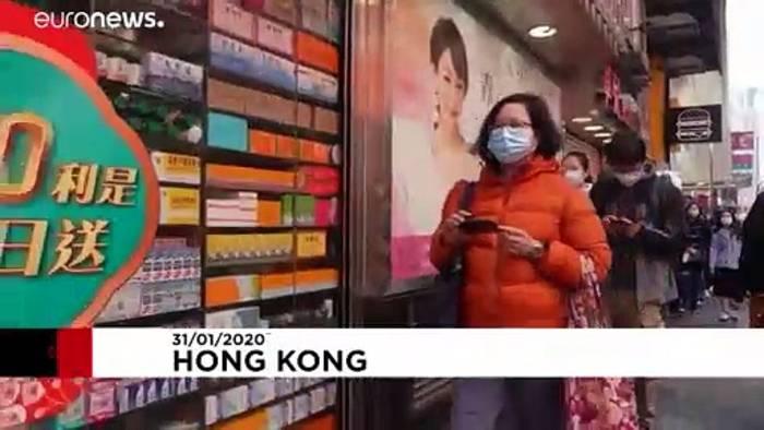 Video: Coronavirus: Schlange stehen für Schutzmasken