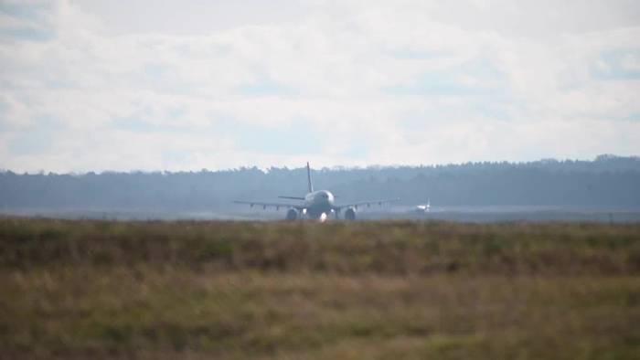 News video: Coronavirus: Rückholflug in Köln gestartet