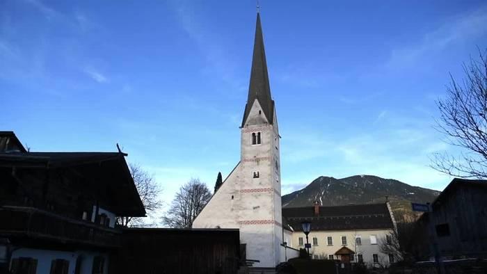 News video: Kein Ding Dong: Glockenläuten spaltet Gemeinde und Touristen