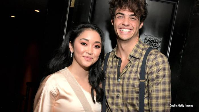 News video: Lana Condor schwärmt von Co-Star Noah Centineo