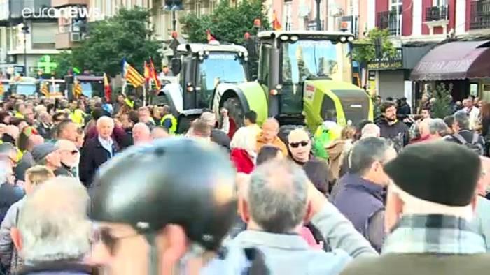 News video: Spanien: Bauern demonstrieren gegen niedrige Preise