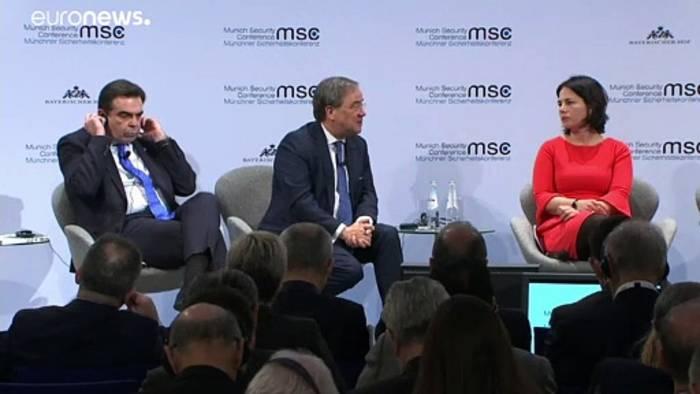 News video: NRW-Ministerpräsident Laschet geht politisch auf Distanz zu Merkel