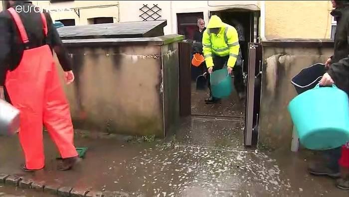 """News video: """"Und plötzlich war das Wasser im Haus"""" - Sturm"""