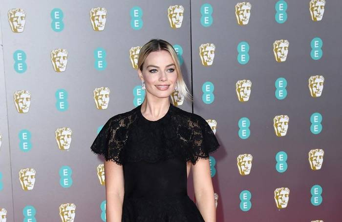 News video: Margot Robbie: Dinnereinladung an Prinz Harry und Meghan?