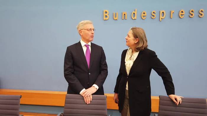 News video: Röttgen: Es geht um neue Positionierung der CDU