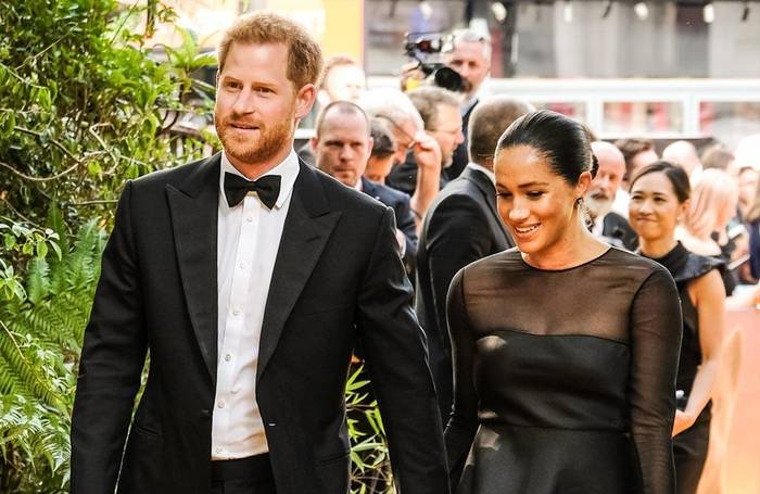 News video: Prinz Harry: Queen verbietet ihm die Marke 'Sussex Royal'