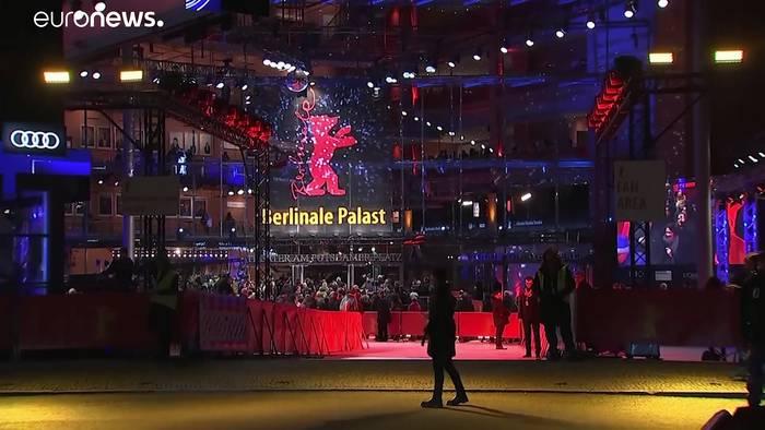 Video: Auf der Berlinale: Kühe, Liebeleien und No Future in Südkorea