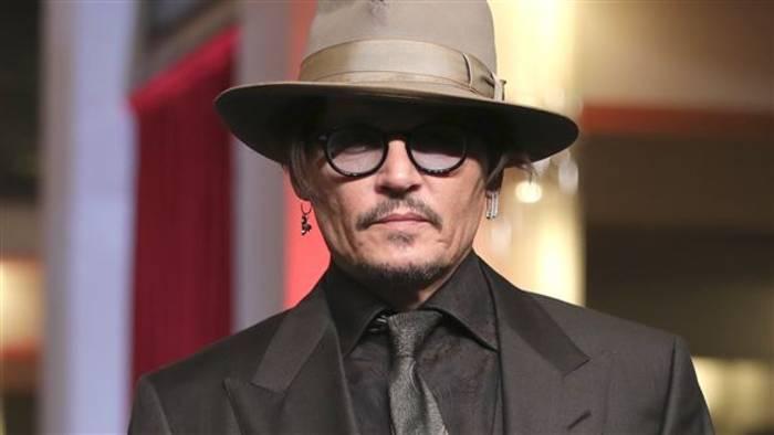 Video: Johnny Depp scherzt auf der Berlinale