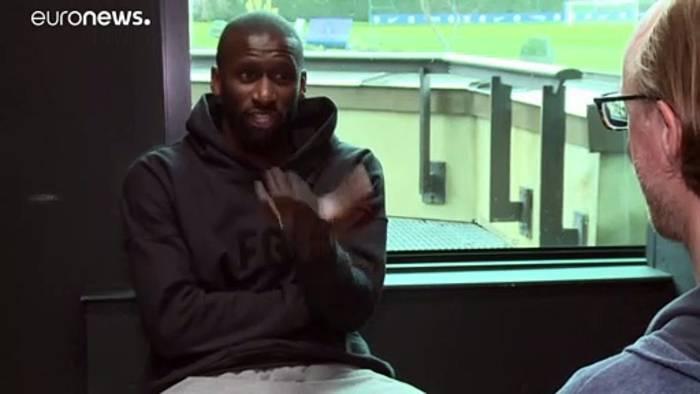 Video: Rassismus im Fußball: Antonio Rüdiger fordert Taten