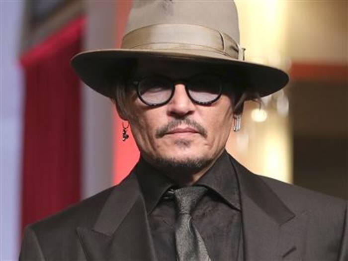 News video: Johnny Depp scherzt auf der Berlinale