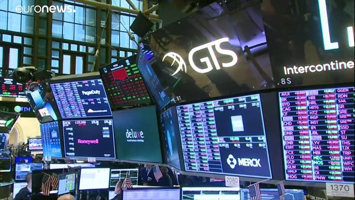 Video: Alarmstimmung an der Börse - Dow-Jones verliert mehr als 1000 Punkte