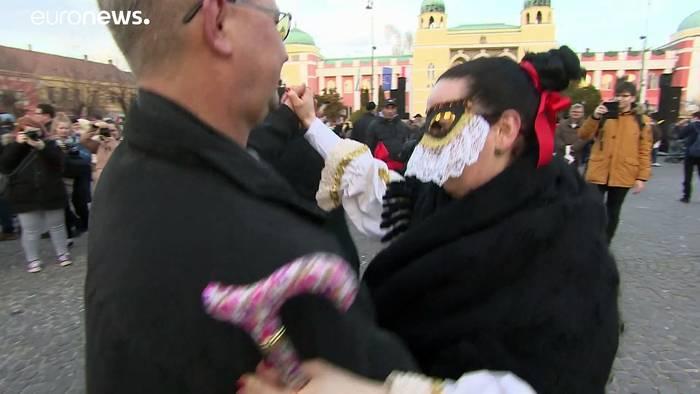 News video: Monster mit Masken: Karneval in Mohács