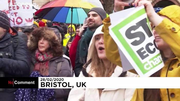News video: Klimademo in Bristol: Greta Thunberg marschiert voran