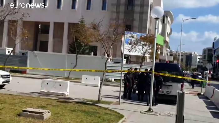 Video: Tote bei Selbstmordanschlag vor der US-Botschaft in Tunis