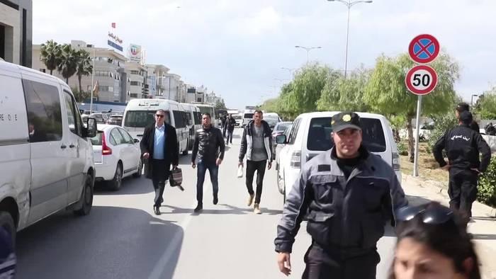 Video: Tunis: Mindestens zwei Tote bei Explosion nahe US-Botschaft