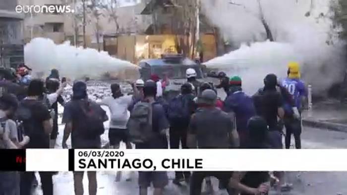 Video: Gewalt auf den Stra´ßen von Santiago de Chile