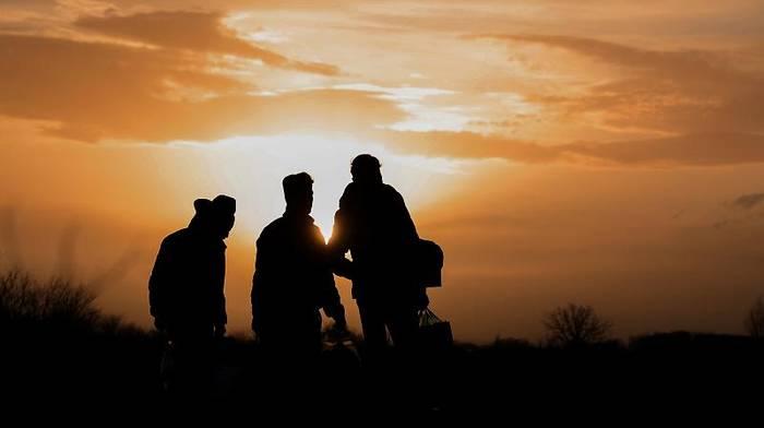 News video: Migranten im türkisch-griechischen Grenzgebiet