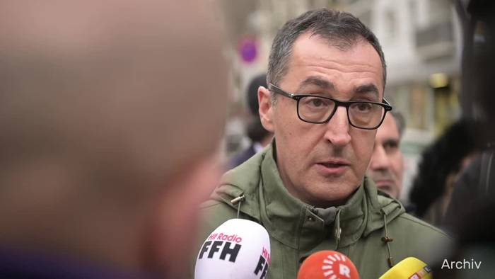 Video: Grünen-Politiker Özdemir positiv auf Coronavirus getestet