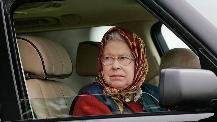 Video: Sorge um Queen Elizabeth: Palast-Mitarbeiter mit Corona infiziert