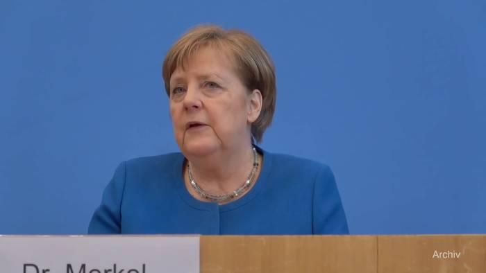 Video: Erster Corona-Test bei Kanzlerin Merkel negativ