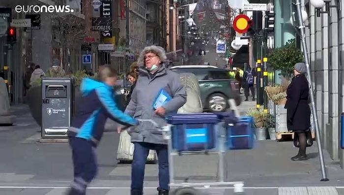 News video: Schweden baut Notfallkinik, Dänemark verlängert Maßnahmen