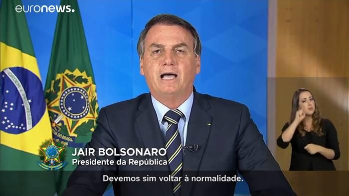 News video: Es hagelt Protest: Bolsonaro (65) hält Coronavirus für
