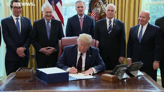 News video: Trump unterzeichnet Konjunkturpaket - Verluste am US-Aktienmarkt
