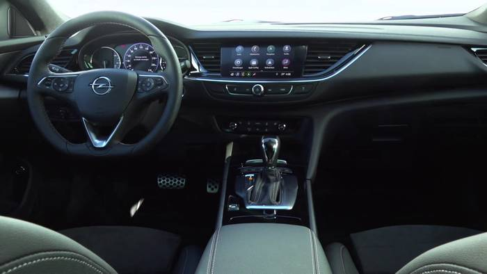 News video: Neuer Opel Insignia - Top-Assistenz und Top-Infotainment - So ist Insignia-Fahren sicher