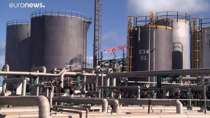 Video: Tief und tiefer: Ölpreis im Keller