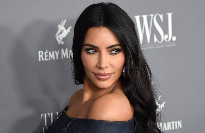 Video: Kim Kardashian West: Mittagessen mit ihr und Schwestern