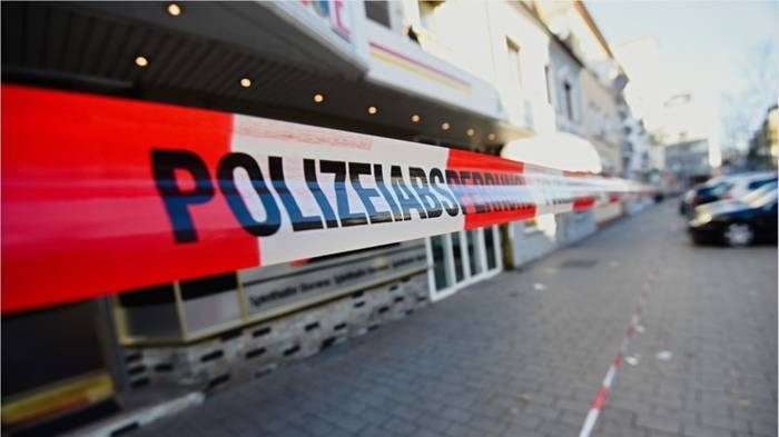 Video: Vier Männer bei Messerattacke in Hanau verletzt