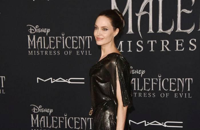 News video: Angelina Jolie: 'Der Kongress muss benachteiligte Familien unterstützen'