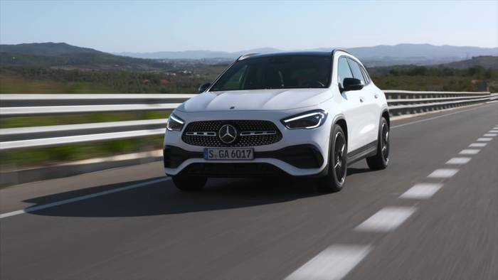 Video: Der neue Mercedes-Benz GLA - Mehr Charakter, mehr Platz, mehr Sicherheit