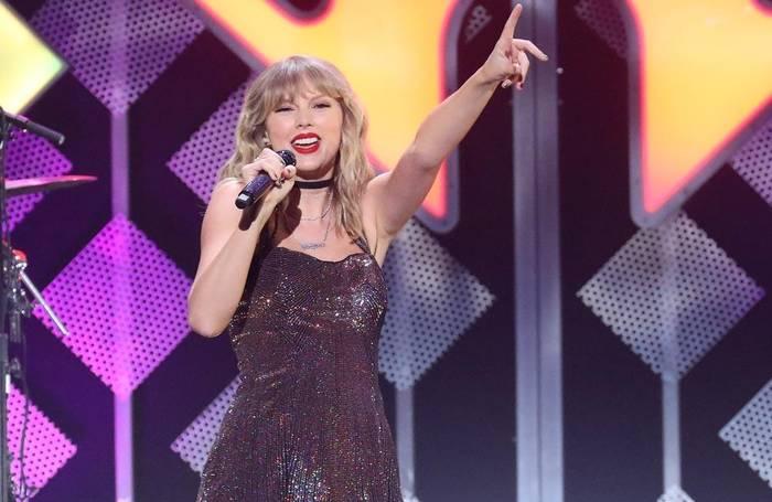 News video: Taylor Swift bringt Live-Tracks heraus