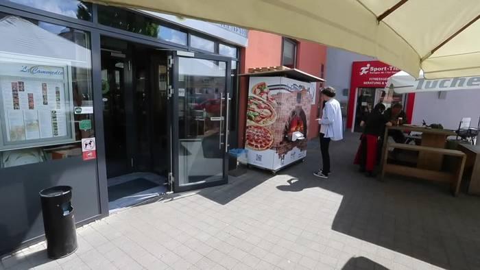 Video: Pizza al Forno aus dem Automaten