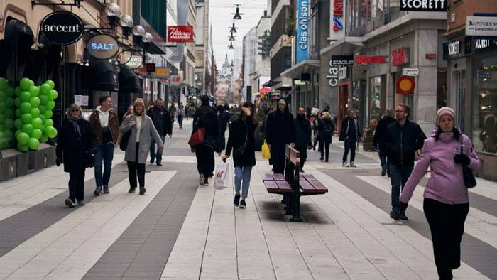 Schwedische Wirtschaft leidet trotz offener Coronapolitik