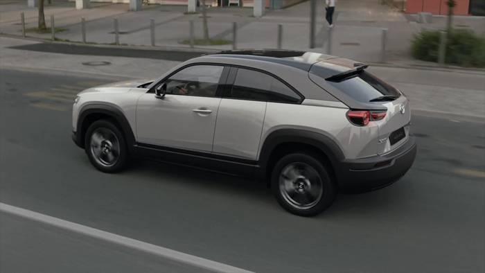 Video: Mazda ist elektrisiert - Die Produktion des Mazda MX-30 ist gestartet