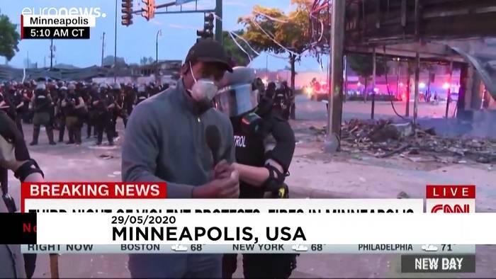 News video: Minneapolis: Polizei nimmt TV-Team während LIVE fest