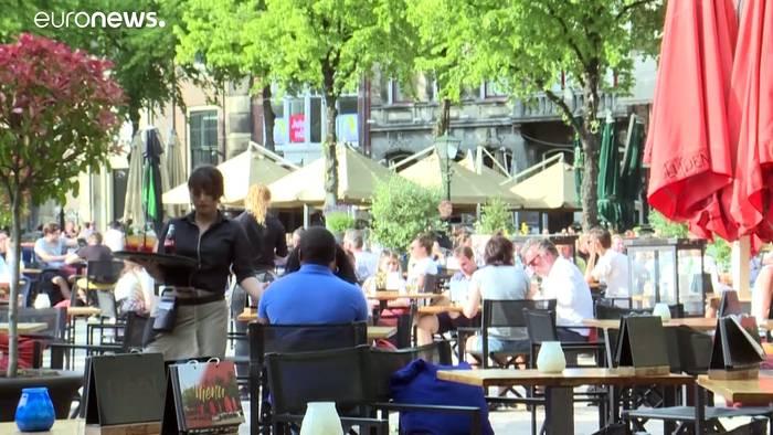 Video: Frankreich: Cafés sind wieder geöffnet