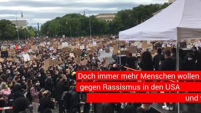 News video: Gegen Rassismus - 20 000 Menschen trauern um George Floyd in München