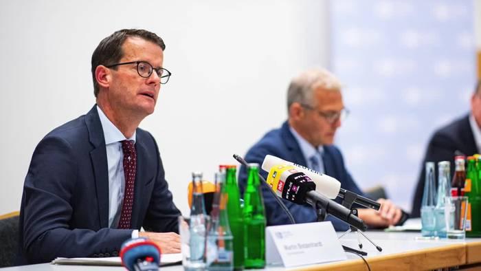 News video: Missbrauchsfall Münster: Tatverdächtige ist Erzieherin