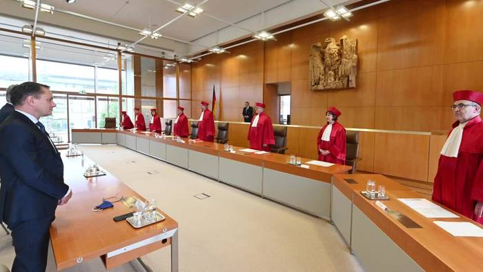 News video: Verfassungsrichter geben AfD-Klage gegen Seehofer statt